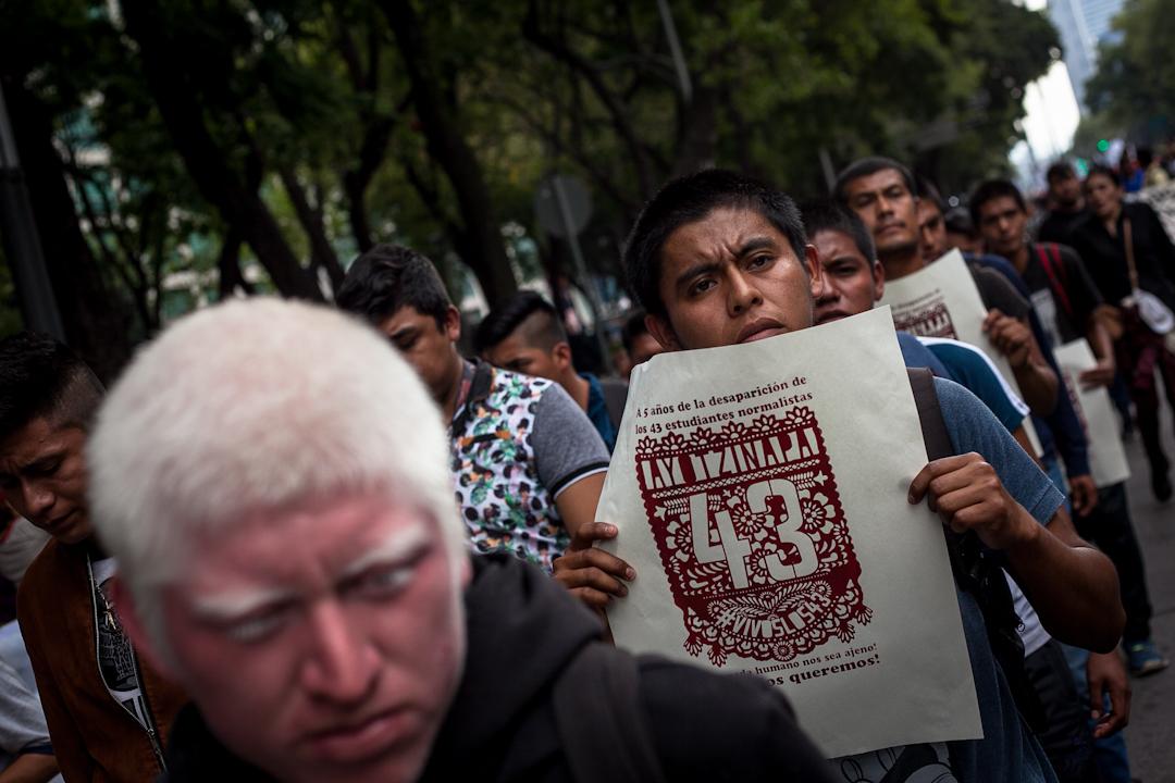 CNDH reitera su compromiso con las familias del caso Ayotzinapa