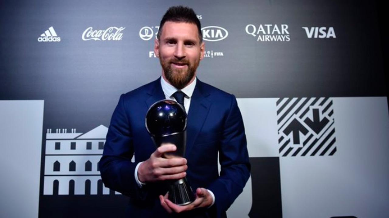 Messi supera a Ronaldo y gana el premio al Mejor Futbolista del Año