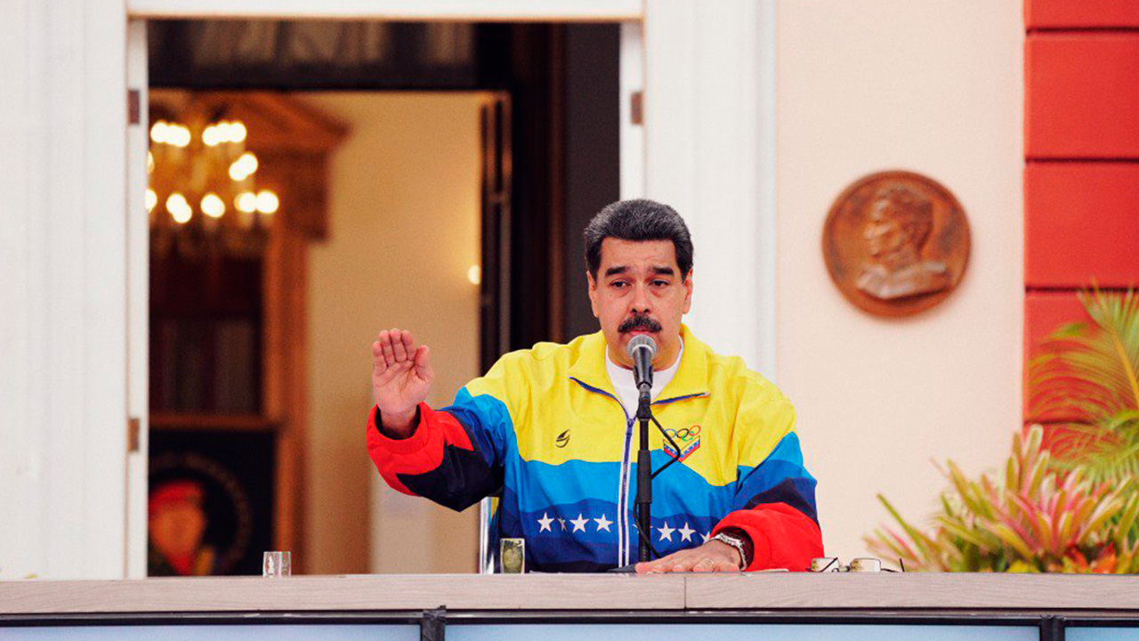 "Venezuela acusa a Facebook de ""dictadura mediática"" por bloquear a Maduro"