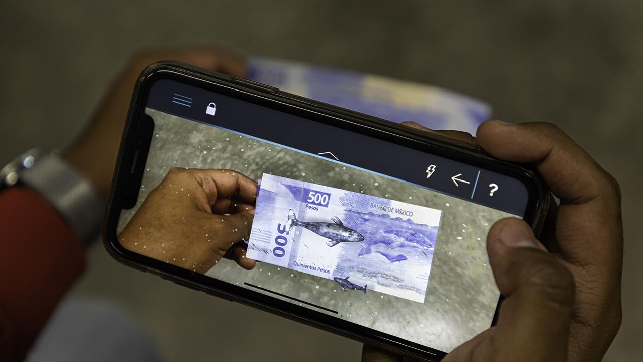 Review | Así funciona la nueva app de Banxico (y no, no es para detectar billetes falsos)