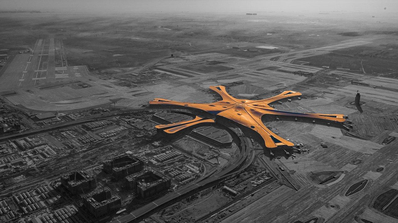 China estrena megaeropuerto: el más grande y caro del mundo