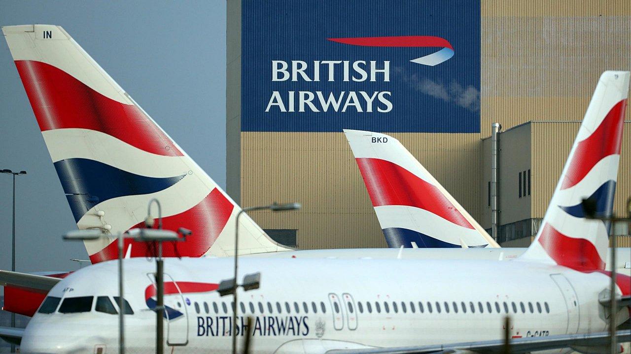 Aviación británica pide prueba Covid a viajeros para recuperar la demanda
