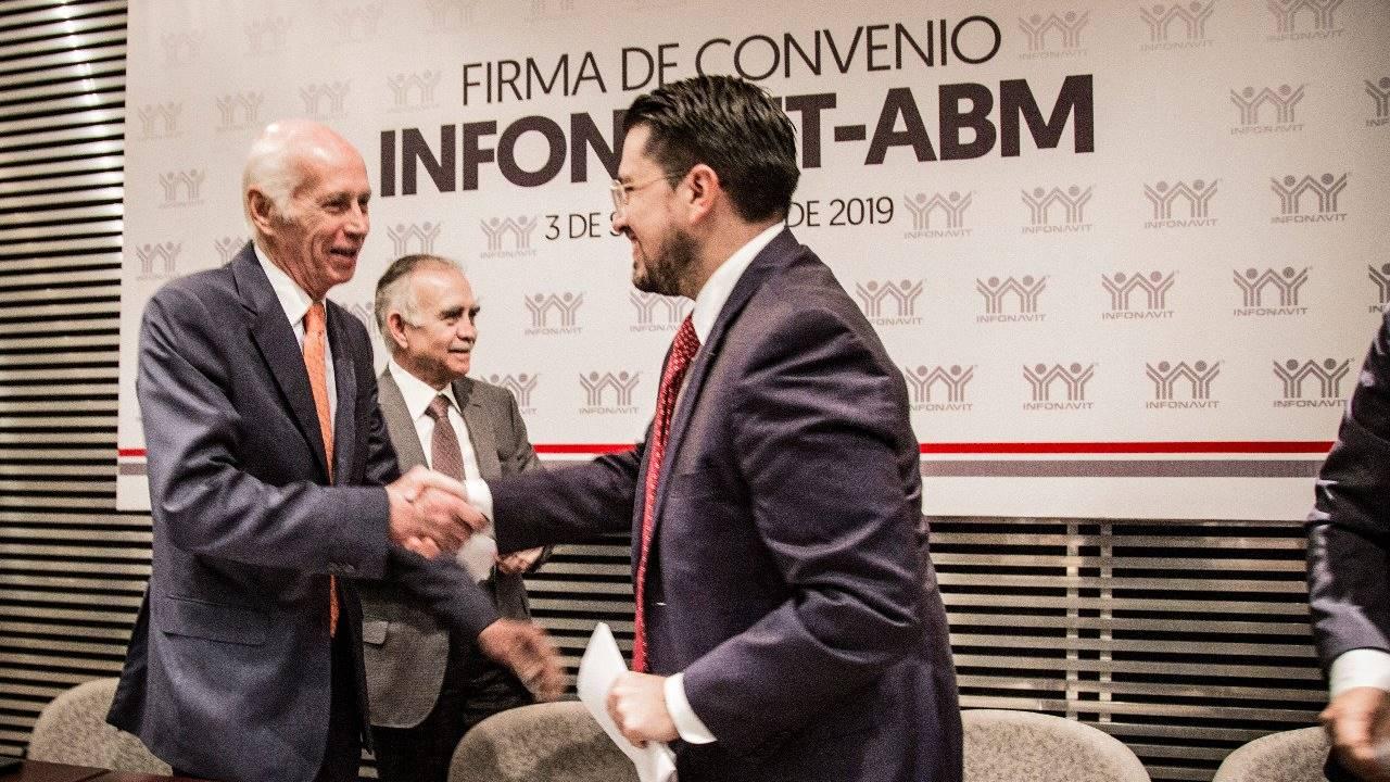Infonavit y bancos firman acuerdo para ampliar créditos cofinanciados