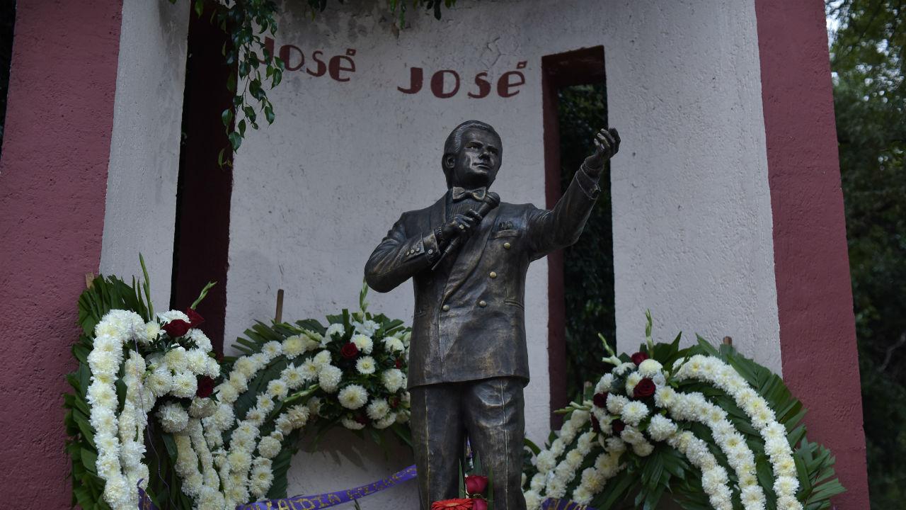 Despiden a José José con homenaje en Miami