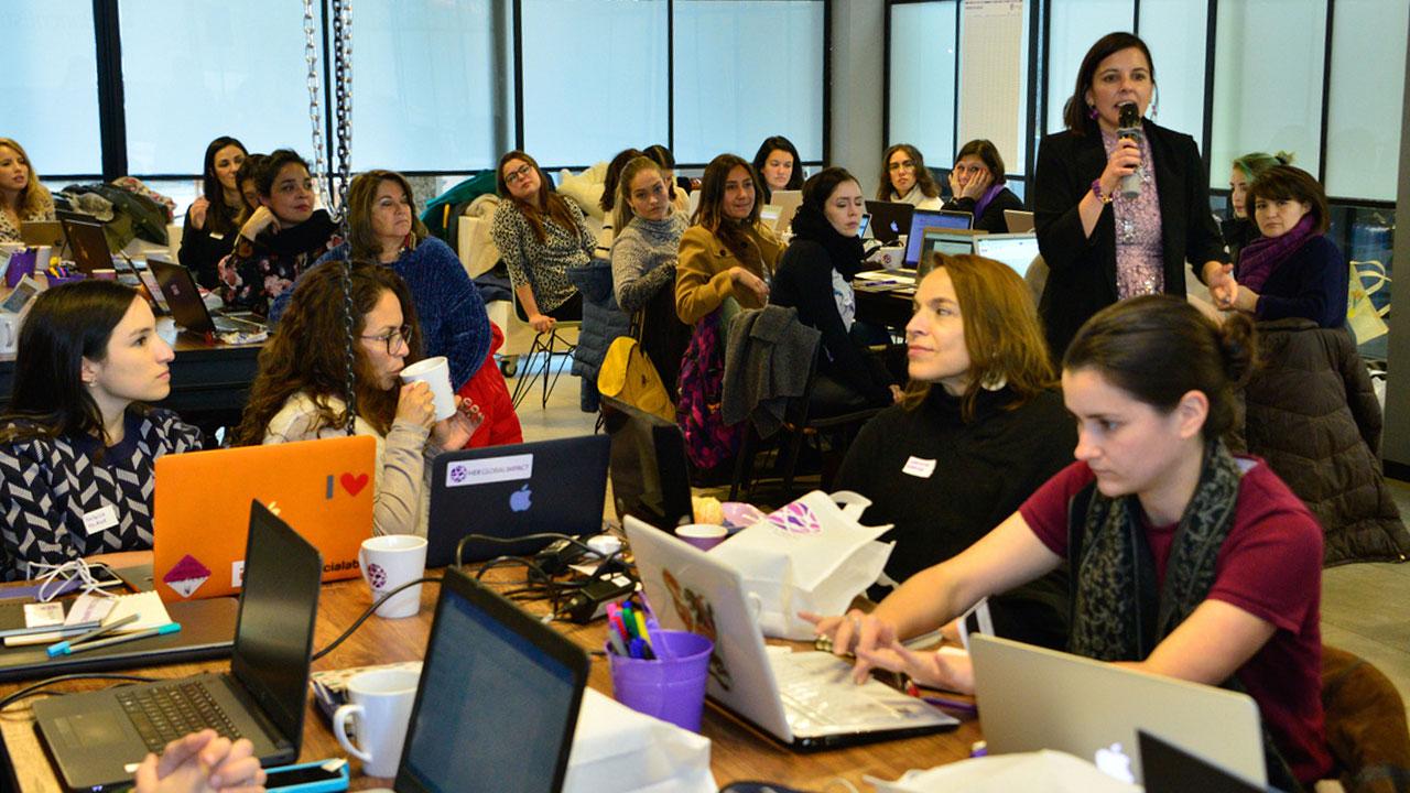 La latina que impulsa a las mujeres en la Cuarta Revolución Industrial
