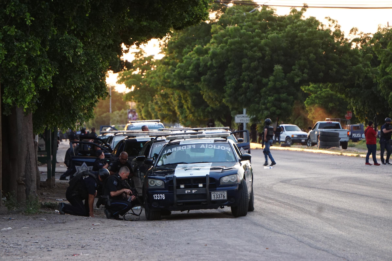Ocho muertos deja operativo fallido para capturar a hijo de 'El Chapo'