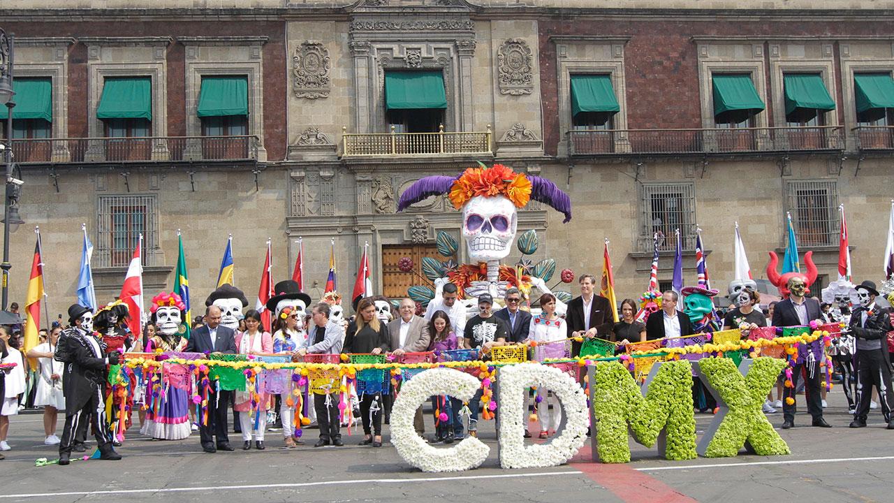 Derrama económica caerá 50% en Día de Muertos en la CDMX, estiman