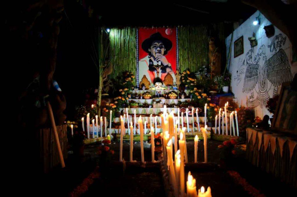 Altar de muertos en Malinalco