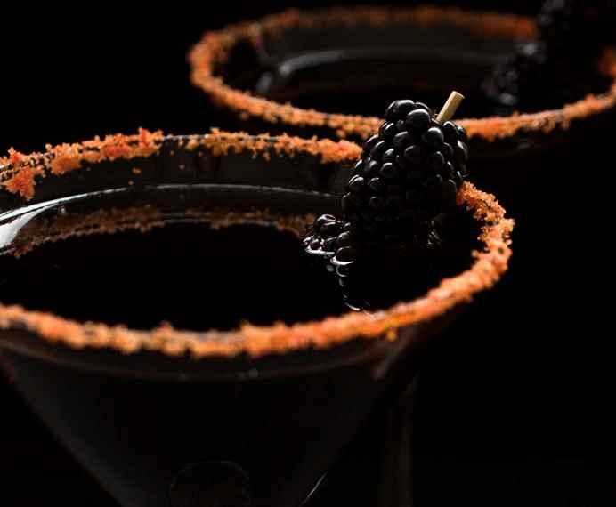 Prepara estos cocteles para celebrar Halloween