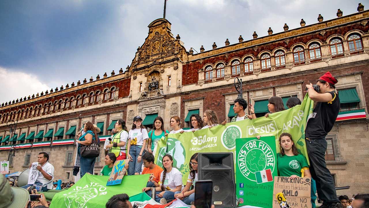Fridays for Future pide a México declarar emergencia climática