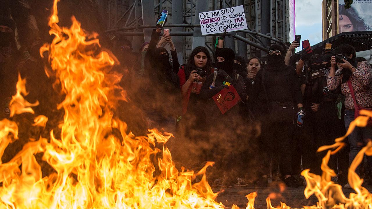 Fotogalería: El mundo arde en protestas, represión y violencia