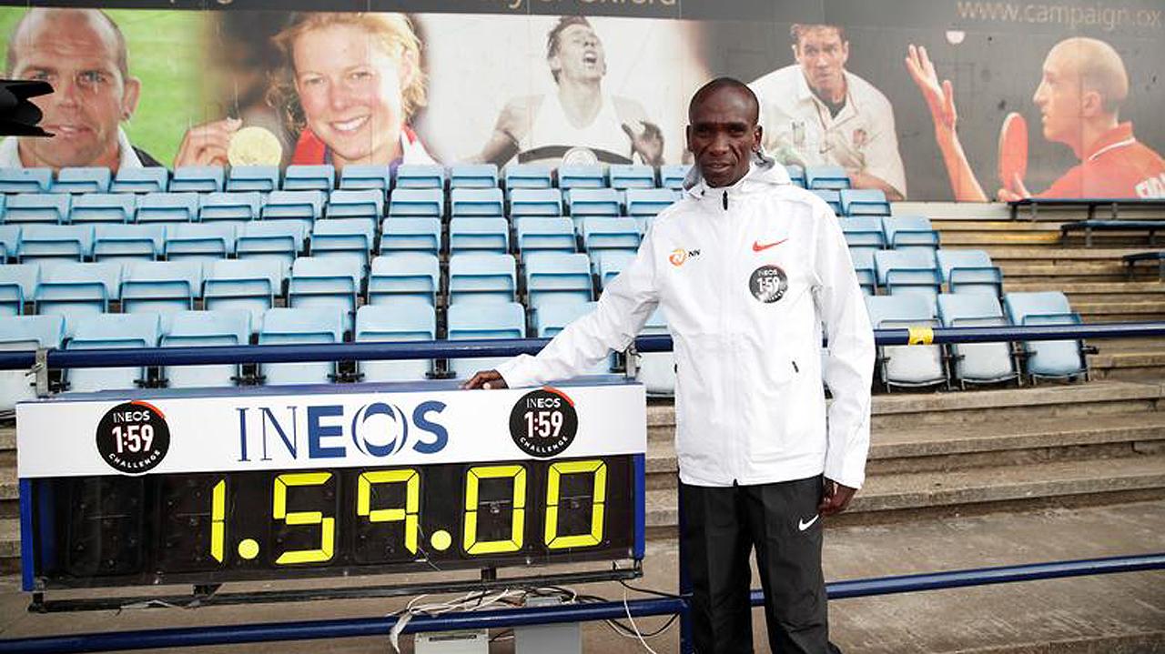 Maratonista récord propone encuentro con Obama a través de redes sociales