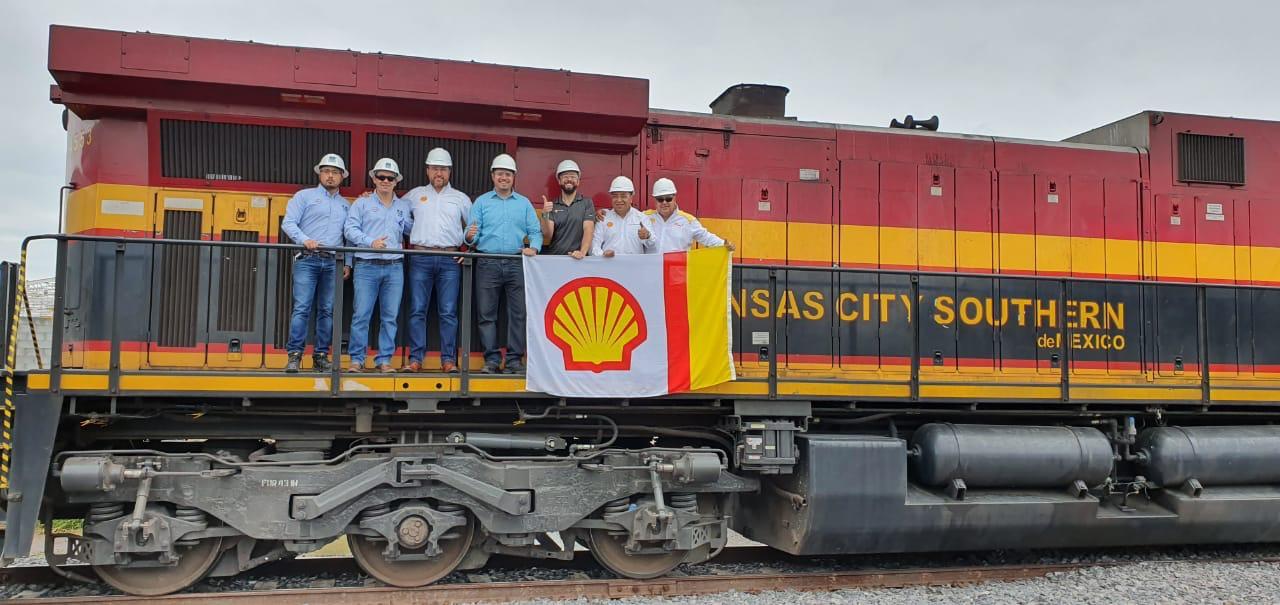 Shell arranca con importación de combustible a México