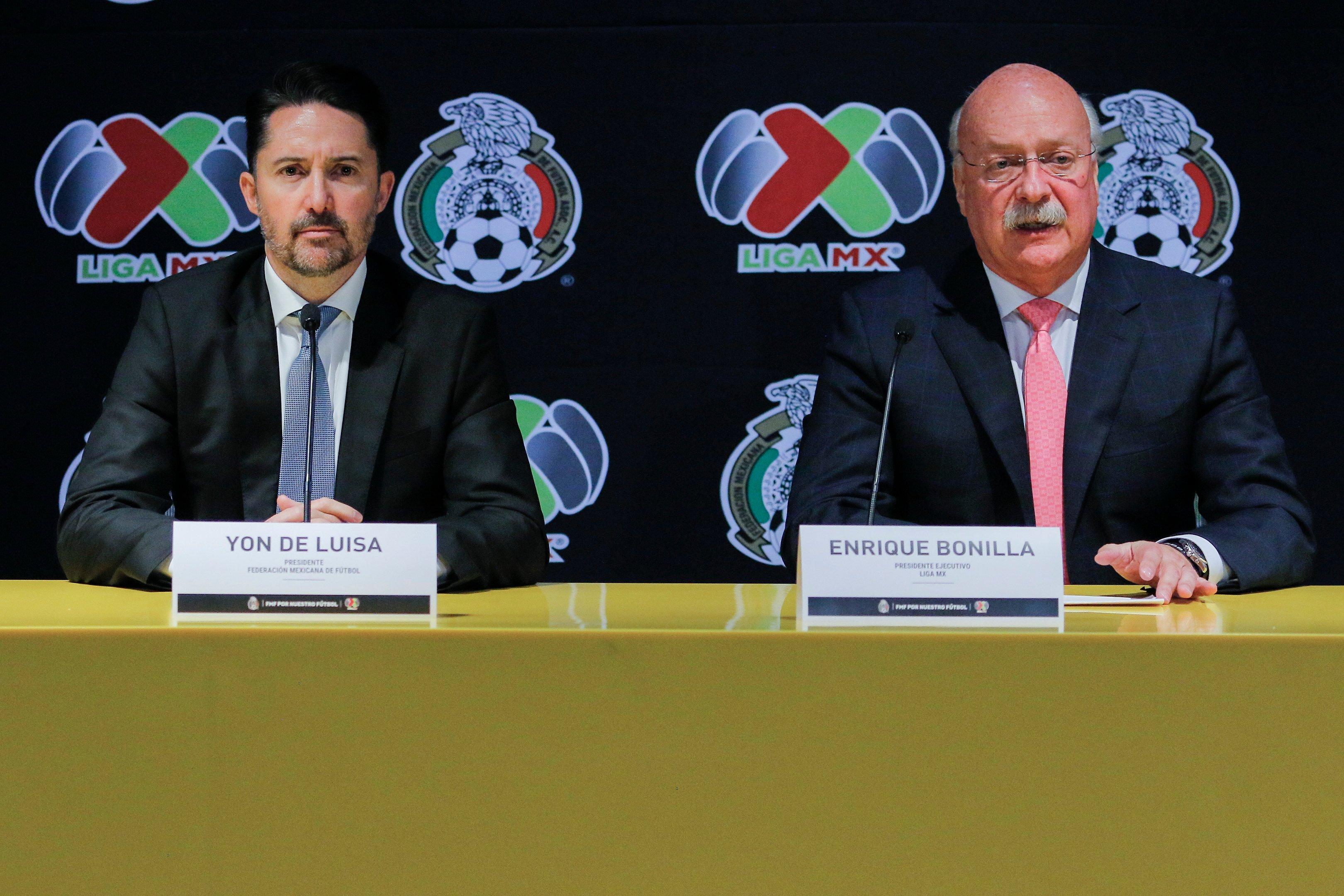 Violencia, sospechas de lavado, adeudos y homofobia… la FMF y Liga MX, 'en crisis'