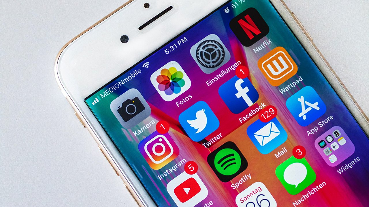 Redes sociales deberán seguir las mismas reglas que la TV en la UE