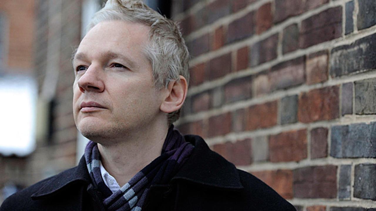 Fundador de WikiLeaks Julian Assange comparece ante tribunal en Londres