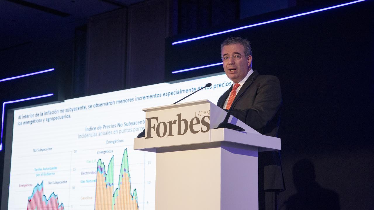 Foro Forbes | Éstos son los cuatro choques que han golpeado a la economía, según Banxico
