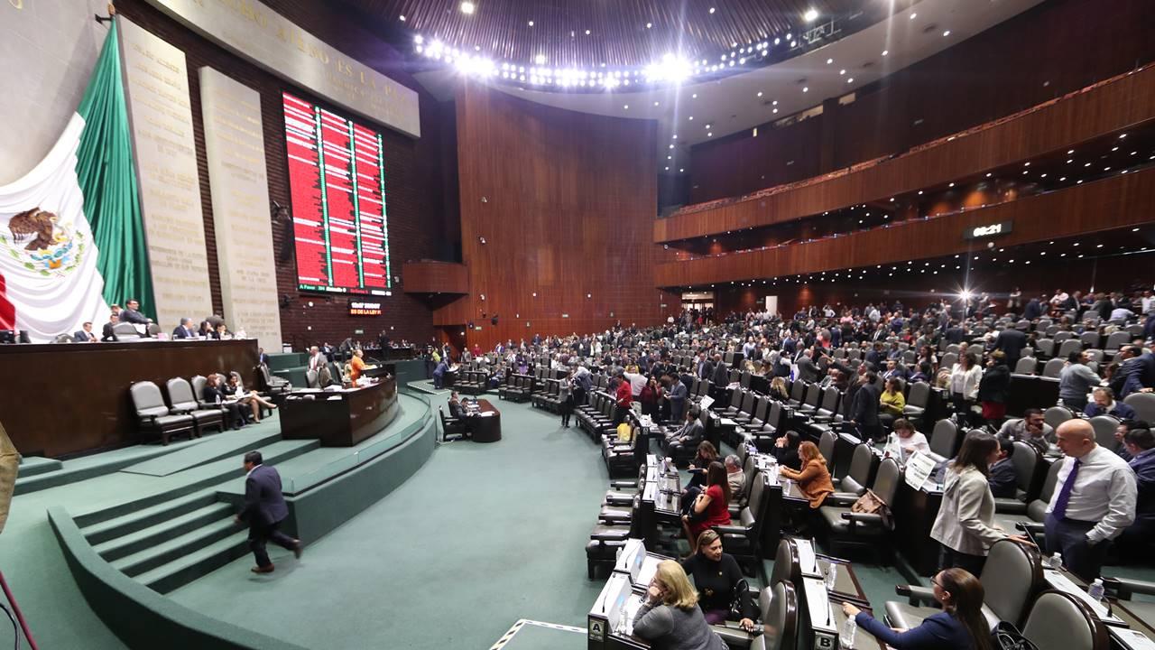 Pelea entre PRI y PT deja sin renovación la presidencia de la Cámara de Diputados
