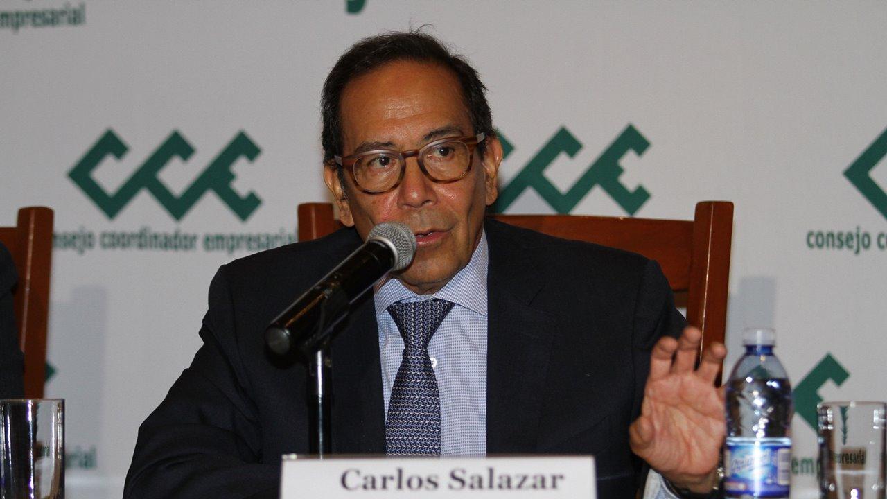 Empresarios piden a gobierno facilidades fiscales para seguir pagando salarios
