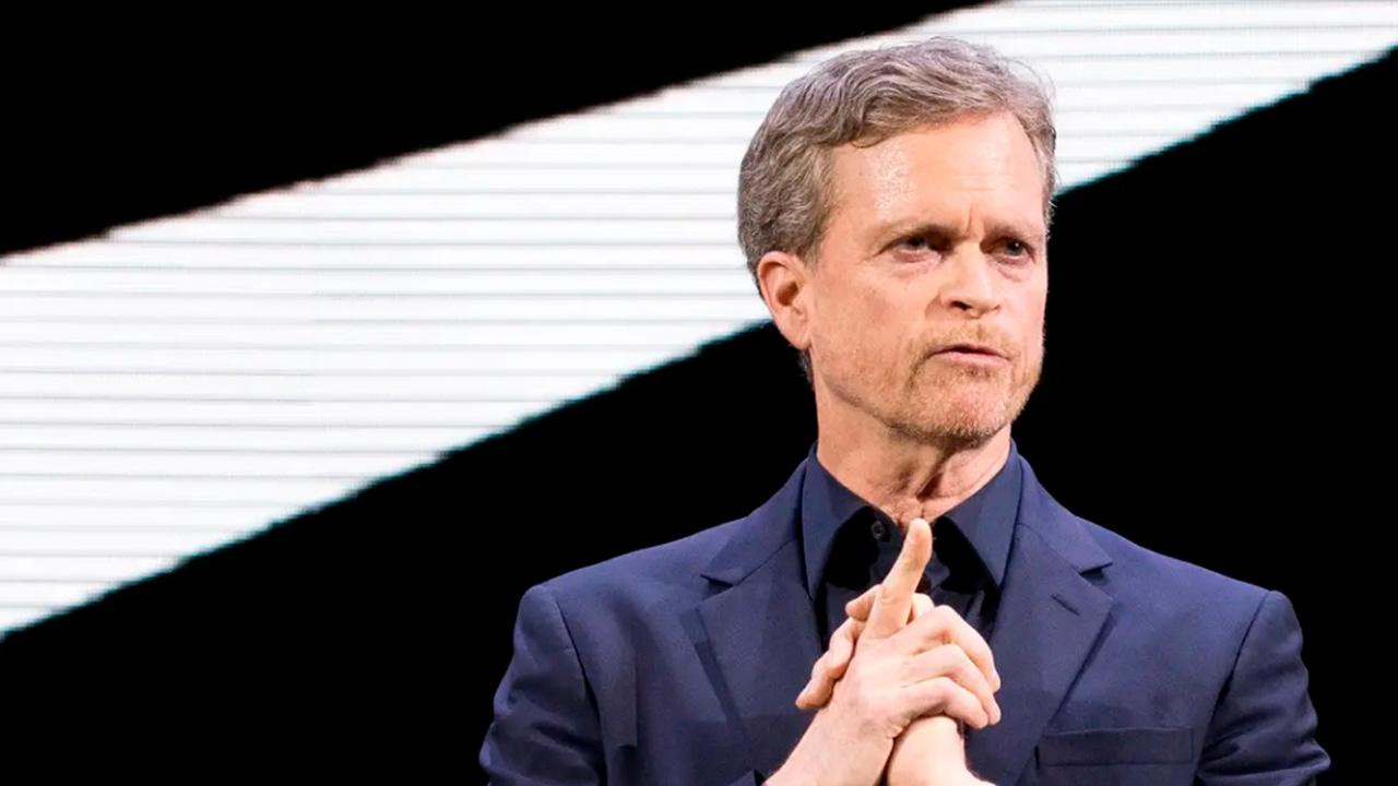 Renuncia Mark Parker, CEO de Nike