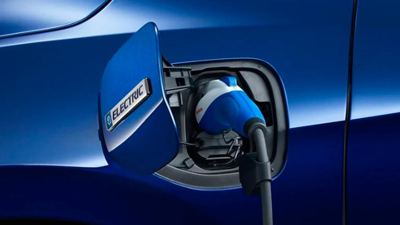 Hitachi y Honda se unen para desarrollar autos eléctricos y autónomos