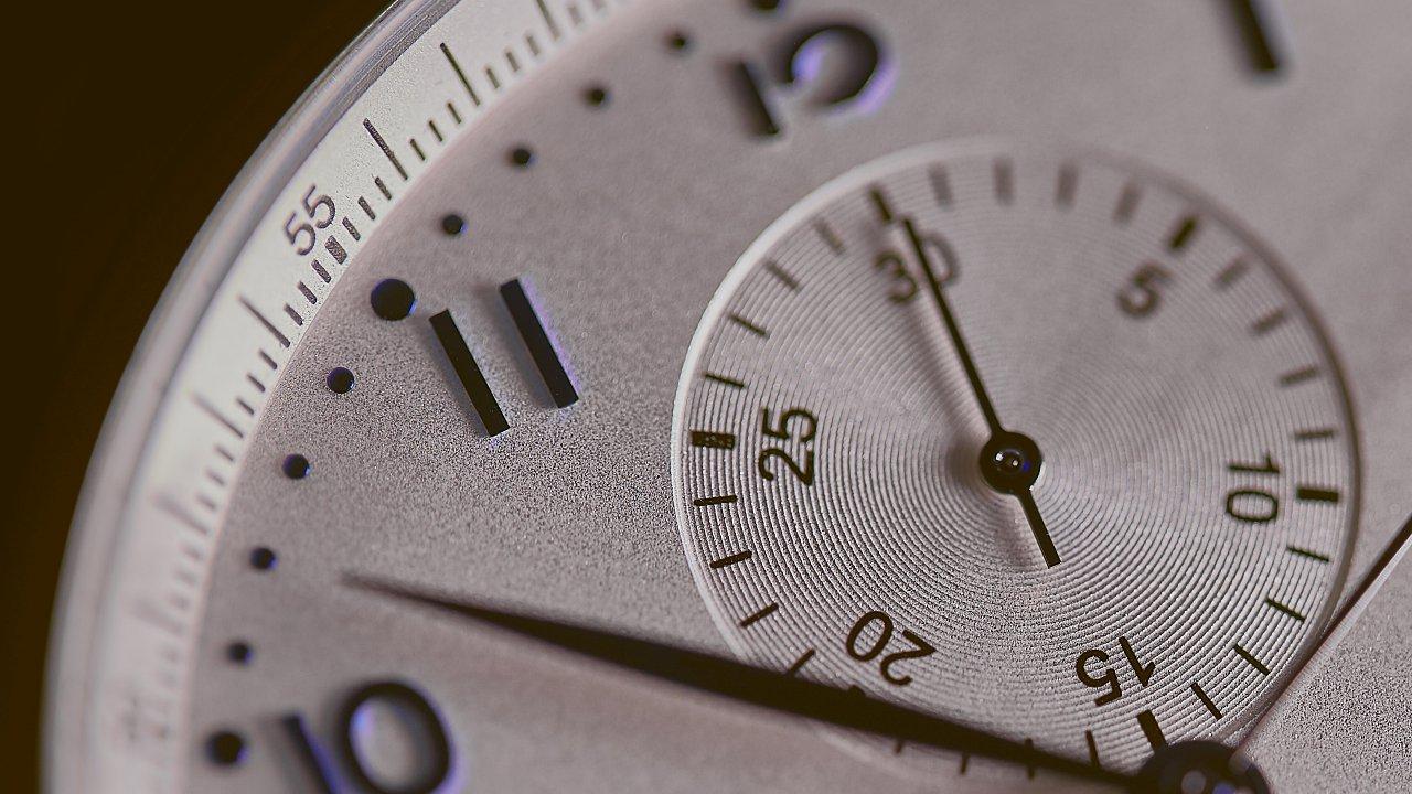 Adelantan 'reloj del apocalipsis'; está a 100 segundos del final