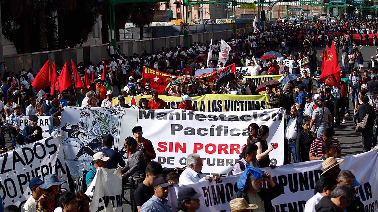 Ocho manifestaciones 'asfixiarán' vialidades en CDMX este martes