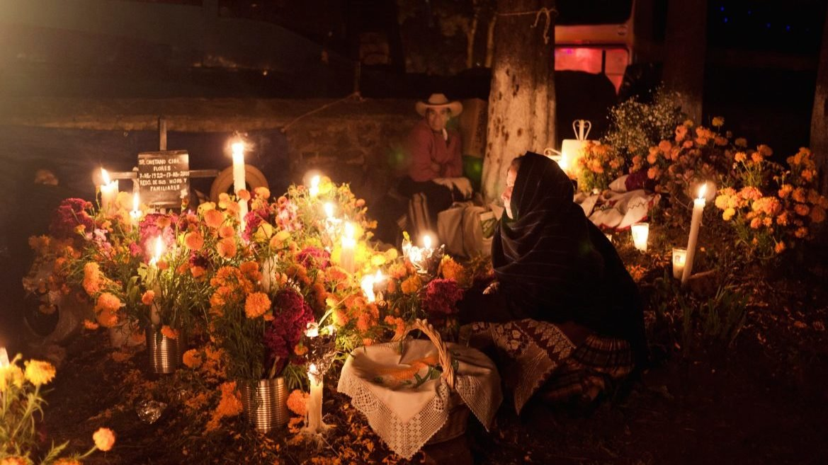 Por Covid-19, panteones del Valle de México cerrarán sus puertas en Día de Muertos