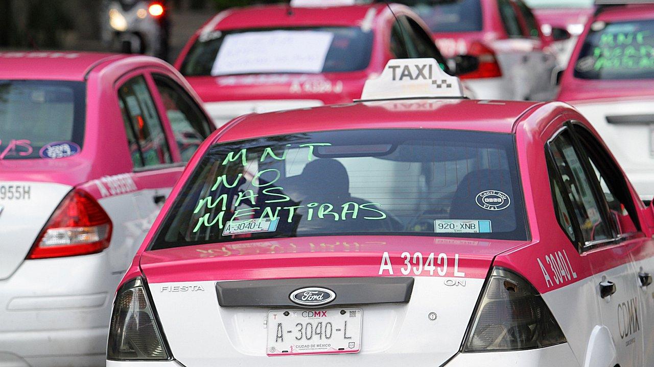 Taxis de CDMX competirán con Uber y Didi: tendrán aplicación en marzo
