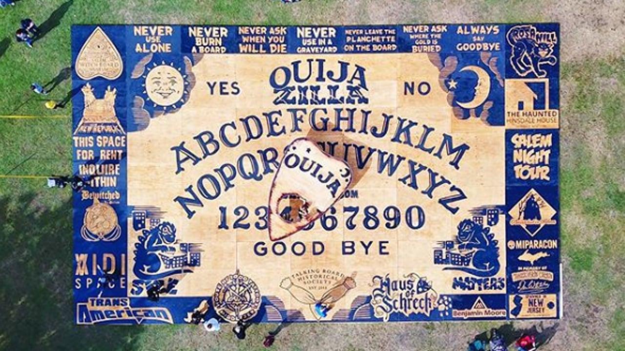 Salem presume la Ouija más grande del mundo