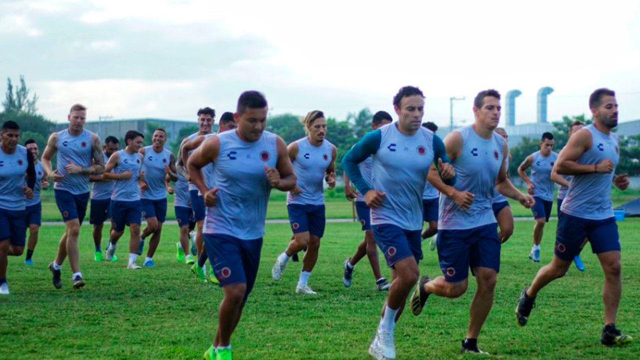 Jugadores de Veracruz amenazan con no jugar ante Tigres por falta de pagos
