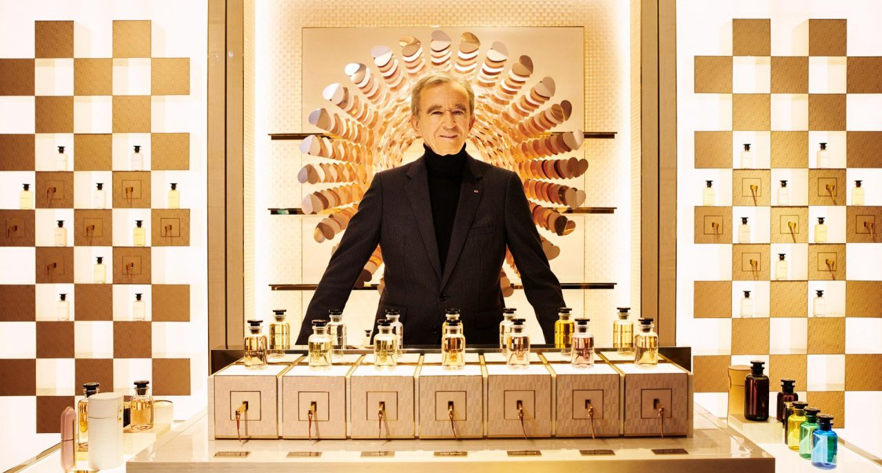 Conoce al nuevo dueño de Tiffany, el tercer hombre más rico del mundo
