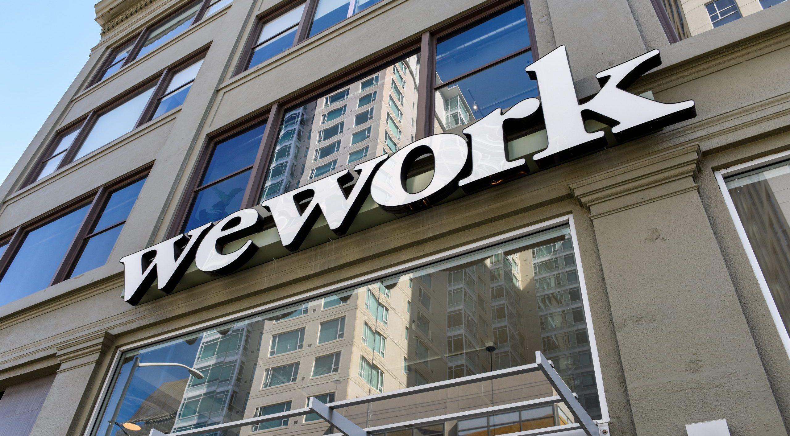 WeWork alista despido de al menos 4,000 trabajadores: NYT