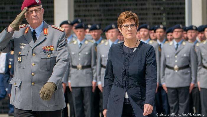 ¿Puede ser Alemania una potencia militar mundial?