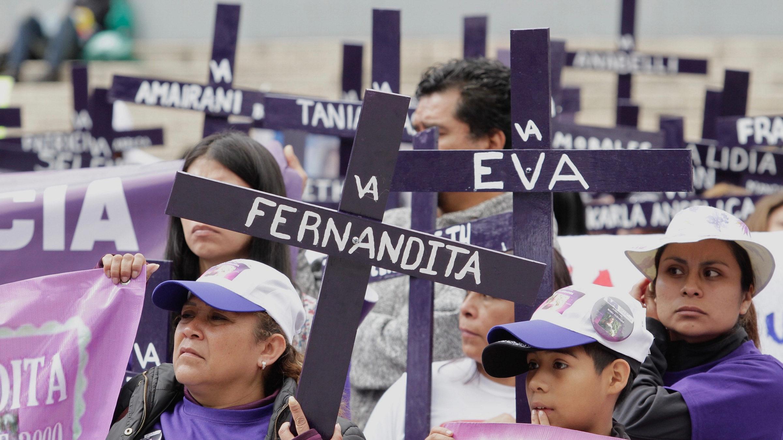 AMLO reconoce alza de feminicidios; se atiende el problema, asegura