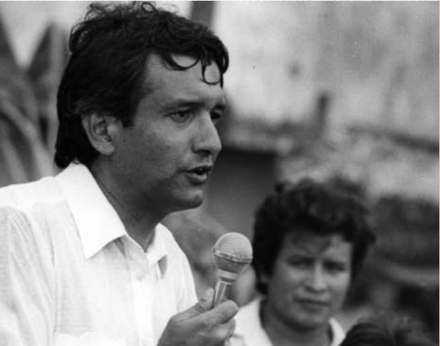 AMLO y sus 66 años de vida en imágenes: 'ser de izquierda es ser radical'