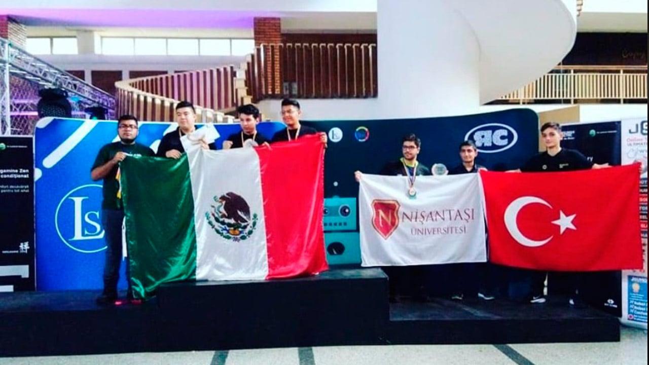Estudiantes del IPN ganan oro y plata en el Robochallenge 2019