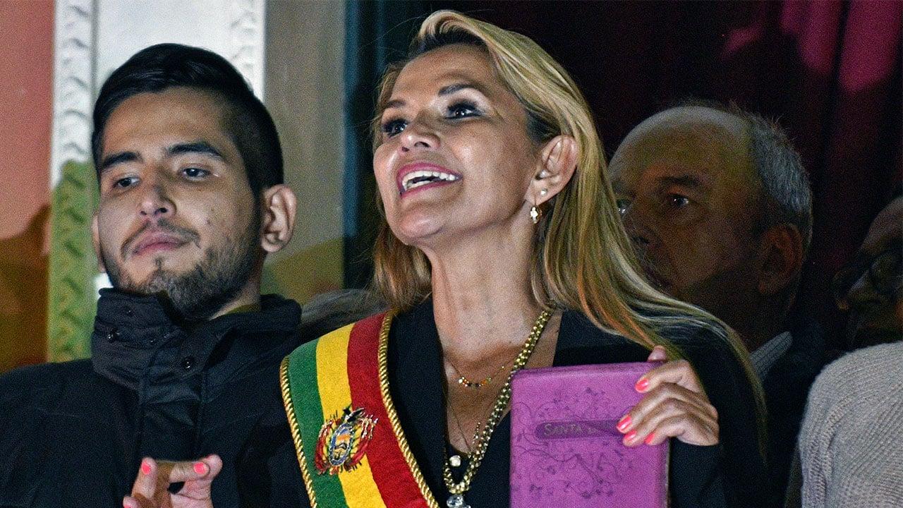 EU reconoce a Jeanine Áñez como presidenta interina de Bolivia