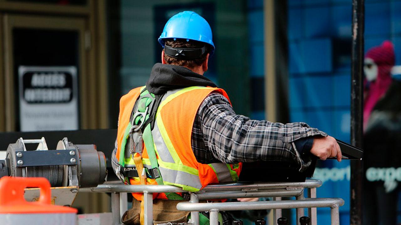 Proyectos de infraestructura: muchos millones, mínima recuperación para el gremio