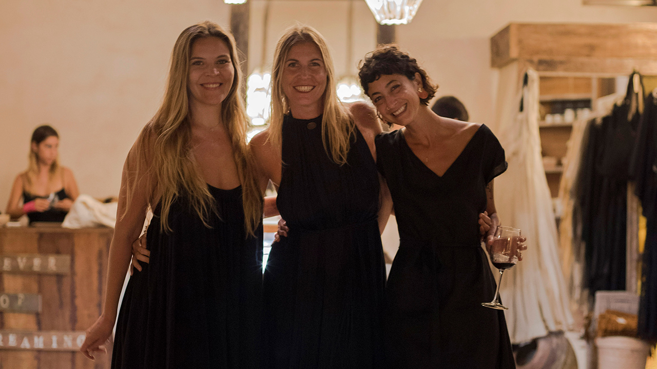 Las tres mujeres de la moda orgánica y atemporal