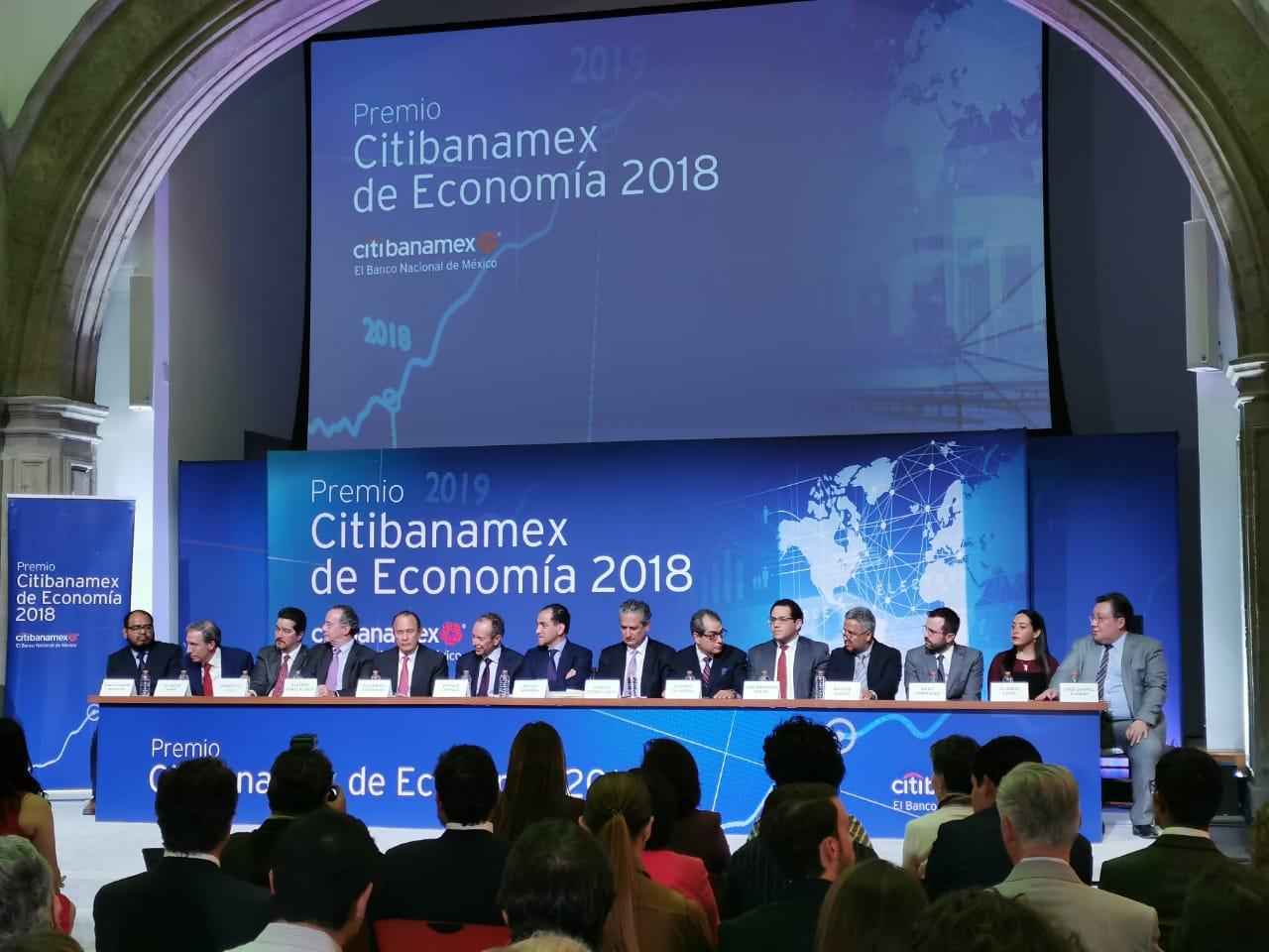 Citibanamex premia trabajo en el que se apoyó Arturo Herrera en reuniones del FMI y BM