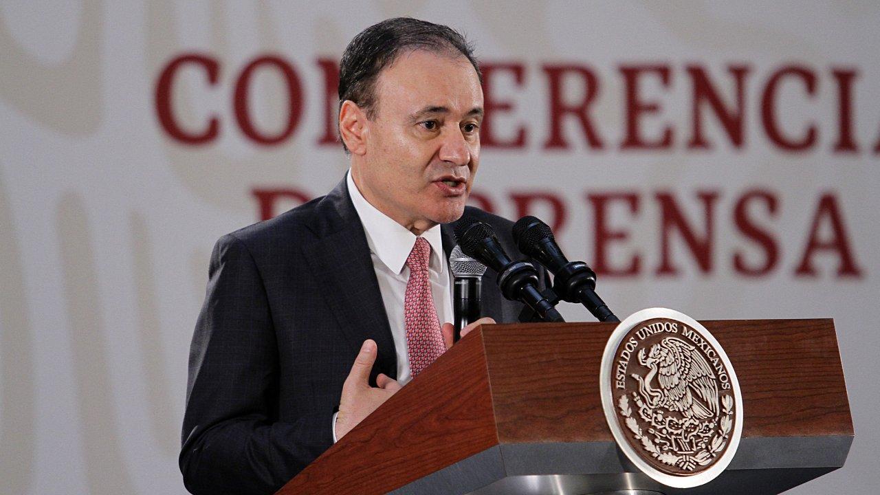 'El país merece la verdad' sobre caso Culiacán, dice Durazo a senadores