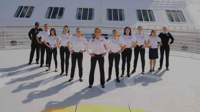 Celebrity Cruises anuncia crucero con mando femenino