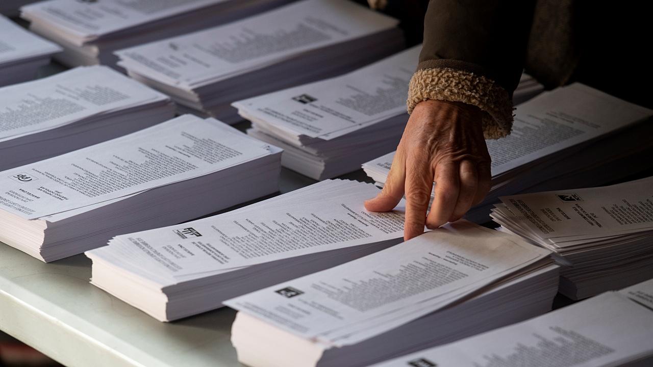 España acude a las urnas en medio de un clima crispado