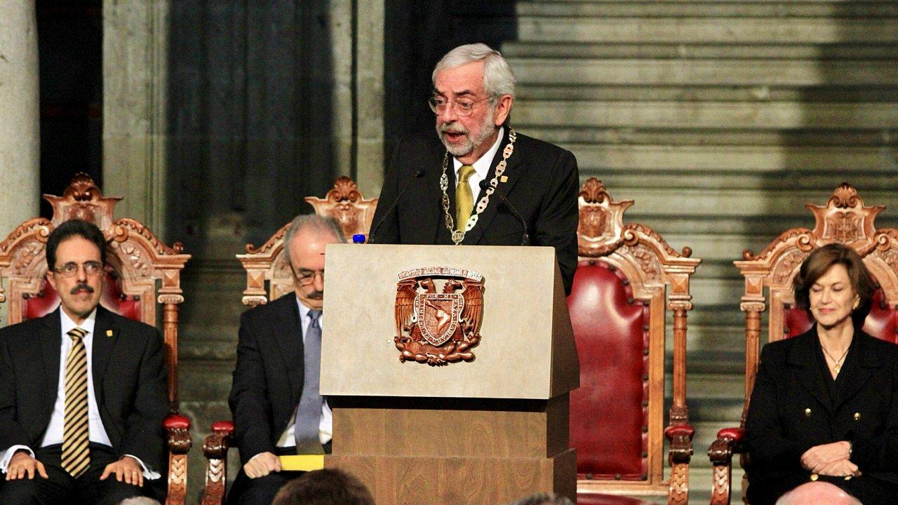 Graue prioriza lucha contra el acoso sexual en la UNAM