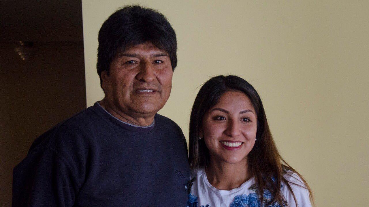 Bolivia autoriza salida de hija de Evo Morales a México