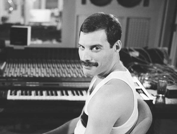 Queen busca la voz que le de vida a Freddie Mercury