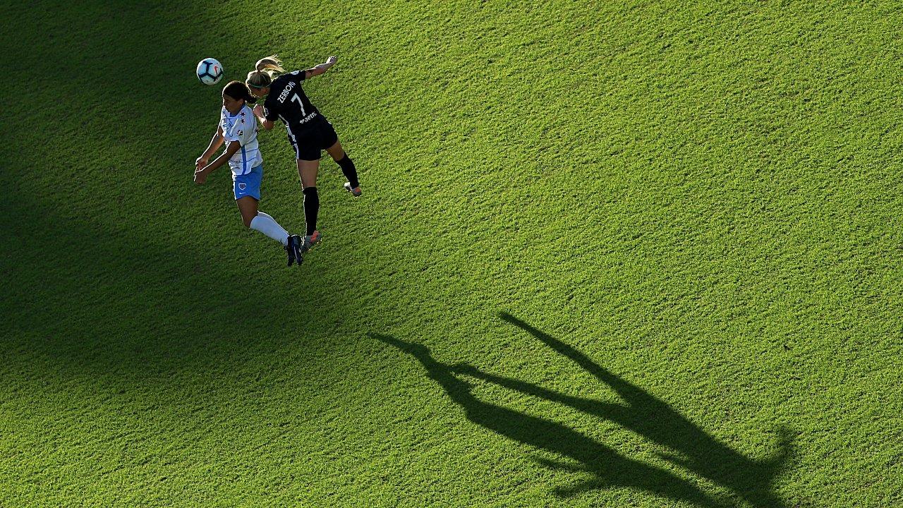 Las futbolistas australianas tendrán cancha pareja en los salarios