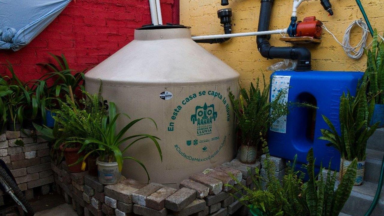 CDMX apuesta a la 'cosecha' de lluvia ante escasez de agua