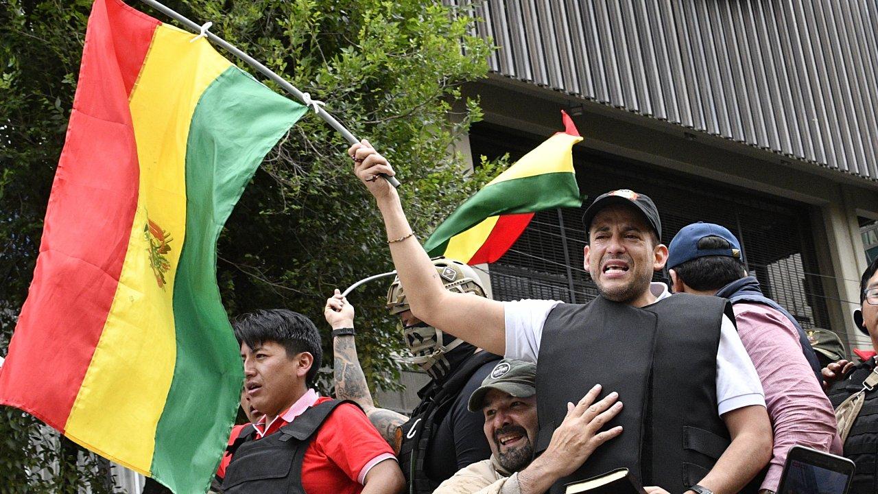 Perfil | Luis Fernando Camacho, el abogado que inició la caída de Evo Morales